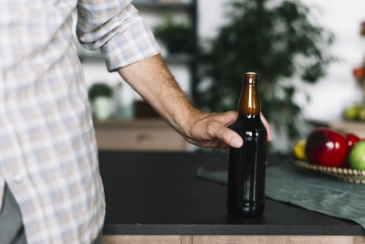 Álcool e COVID-19: o que você precisa saber, segundo a Organização Mundial de Saúde (OMS)